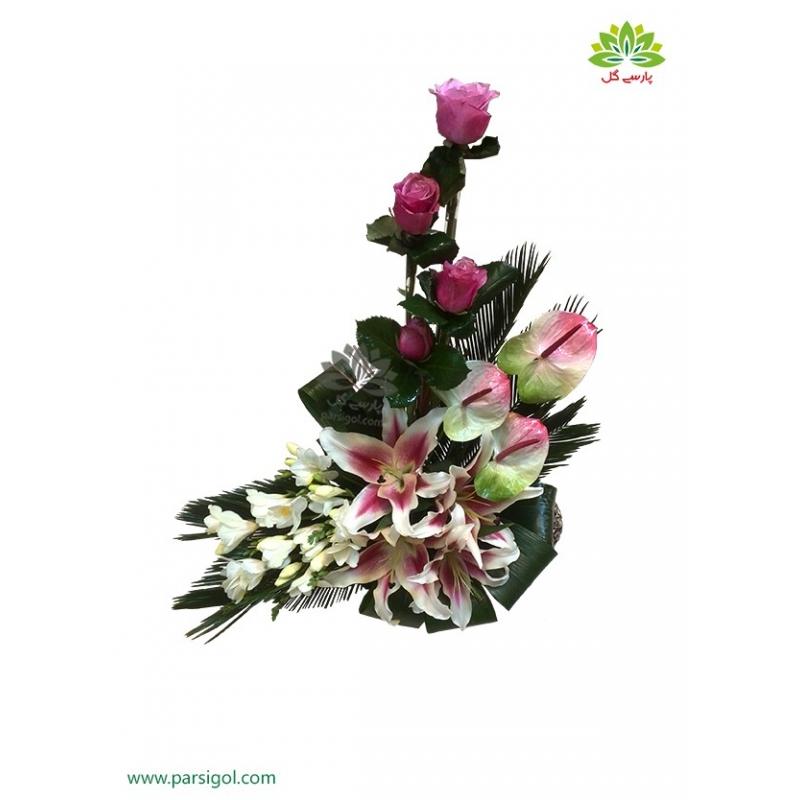 سبد گل رومیزی تبریک و شادباش کد DF04102