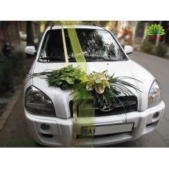 ماشین عروس با گل ارکیده و روبان کد CR128