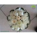 دسته گل نامزدی رز سفید کد DF03004