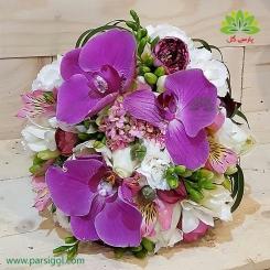 دسته گل عروس با گل های خاص کد DF03504