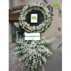 تاج گل تسلیت سفید چشمگیر کد DF16001