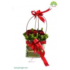 سبد گل رز قرمز عاشقانه کد DF00202