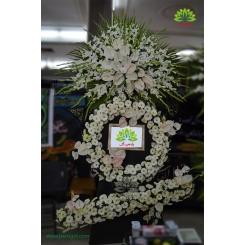تاج گل ترحیم سه طبقه سفید مجلل کد DF22101