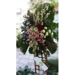 تاج گل تبریک یک طبقه پایه بلند کد DF53601