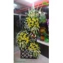 تاج گل تبریک و افتتاحیه سفید و زرد کد DF53901