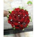دسته گل عروس رز و مروارید سفید کد DF04904
