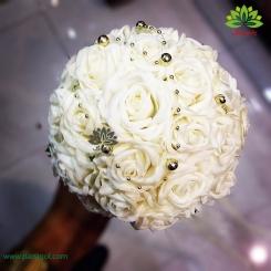 دسته گل عقد رز سفید تشریفاتی کد DF05304