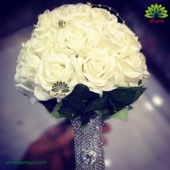 دسته گل عروس رز سفید دسته الماس کد DF06204
