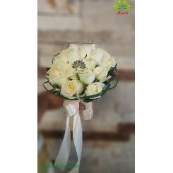 دسته گل عروس رز سفید فانتزی کد DF06504
