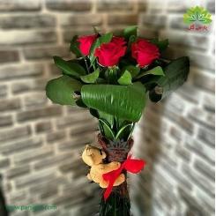 دسته گل رز قرمز تولد عاشقانه کد DF01603
