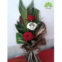 دسته گل رز سفید و قرمز جشن عشق کد DF02303