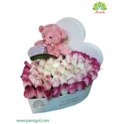 جعبه گل عروسک و هدیه ولنتاین عاشقانه کد DF03305