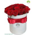 جعبه گل هدیه ولنتاین رویال رز کد DF00805
