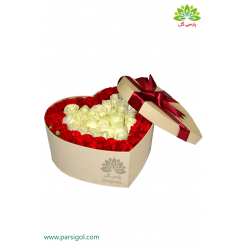 باکس گل رز ولنتاین قلب سفید کد DF01105