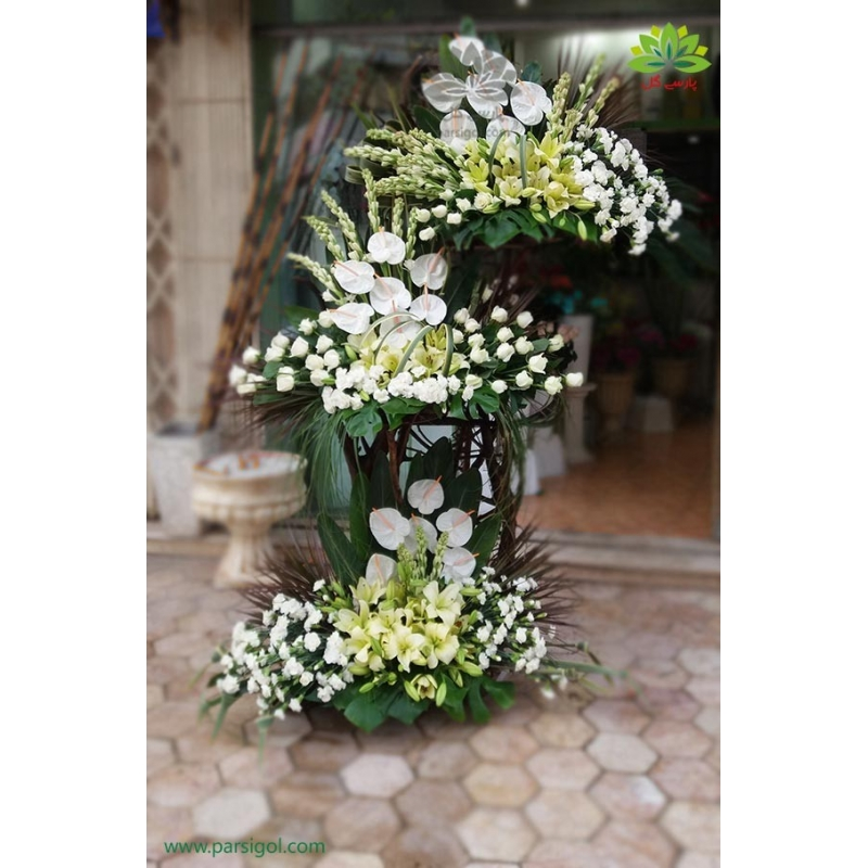 تاج گل تبریک و افتتاحیه سه طبقه سفید کد DF01001