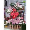 سبد گل چوبی لیسیانتوس و آنتوریوم کد DF01202