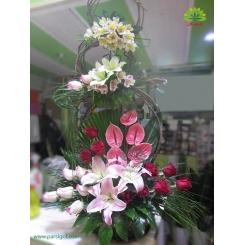سبد گل خواستگاری سه طبقه کد DF02302