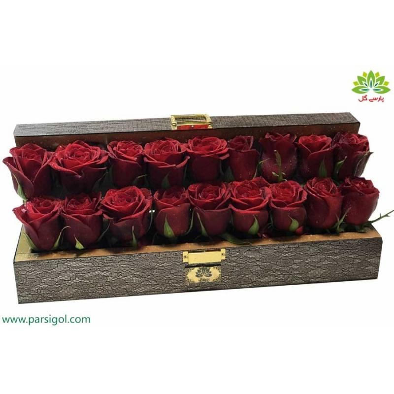 جعبه گل صندوقچه چوبی رز عشق کد DF05405
