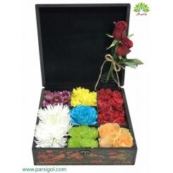 جعبه گل هدیه ولنتاین سنتی کد DF05705