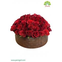 باکس گل عاشقانه ولنتاین کد DF05805