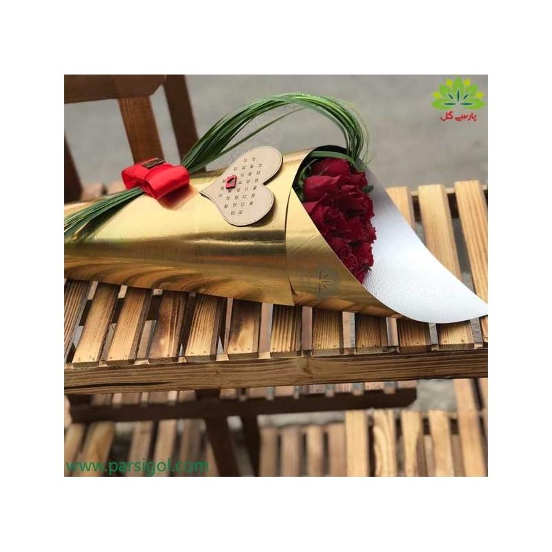 دسته گل رز لاکچری ولنتاین کد DF03003