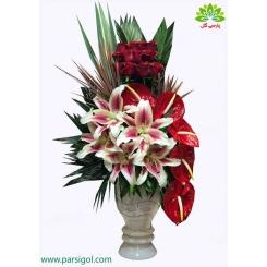سبد گل رز و لیلیوم روز مادر کد DF07802