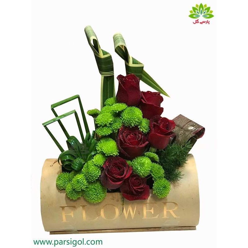 جعبه گل فانتزی رز قرمز کد DF06805