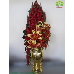 سبد گل هدیه گلدن رز 2019 کد DF08802