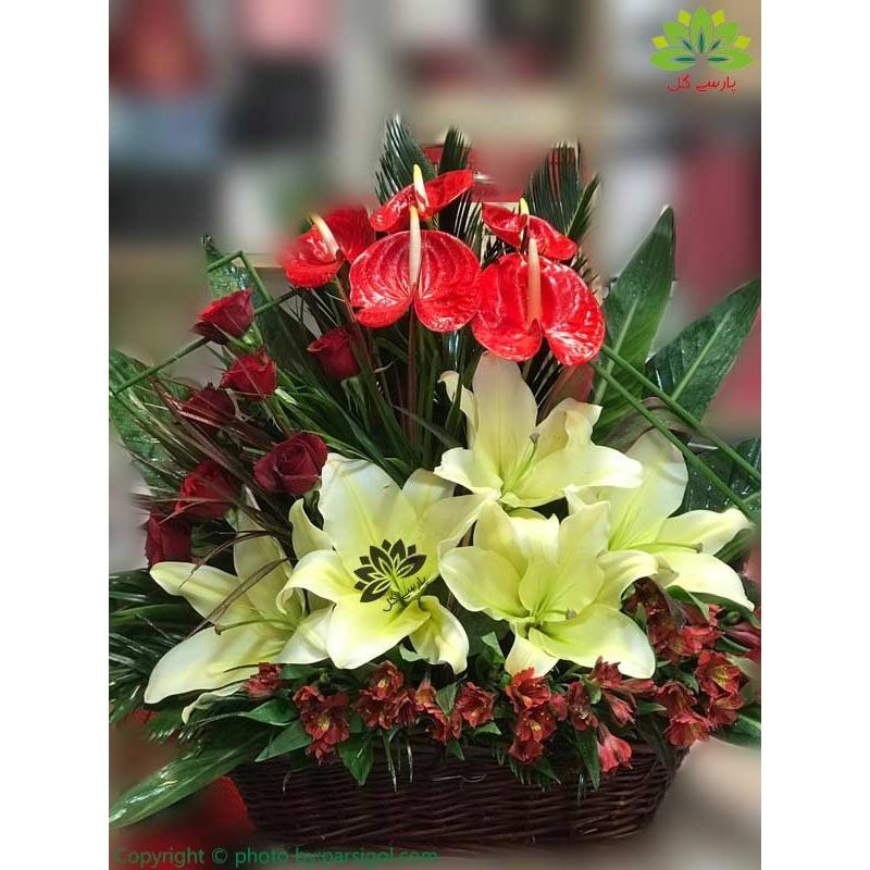 سبد گل تبریک تولد نوزاد کد DF08902