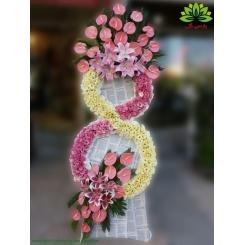 تاج گل تبریک دو طبقه لیسیانتوس کد DF56701
