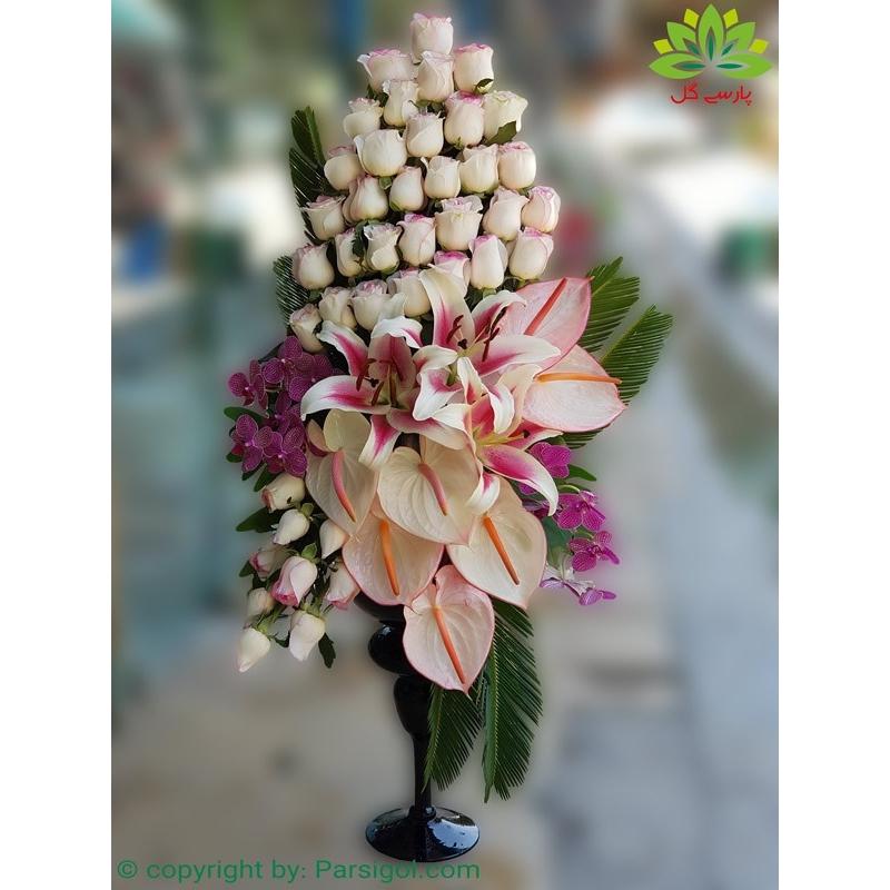 سبد گل تشریفاتی رز سفید کد DF09602