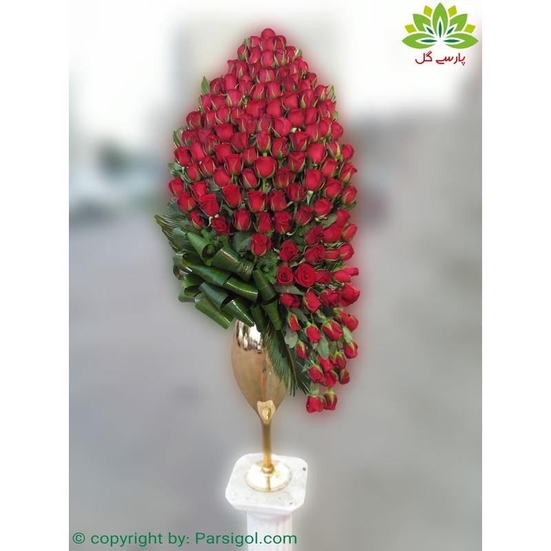 سبد گل خواستگاری لاکچری رز قرمز کد DF09702