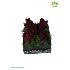 باکس گل مربع رز قرمز آتشین کد DF01305