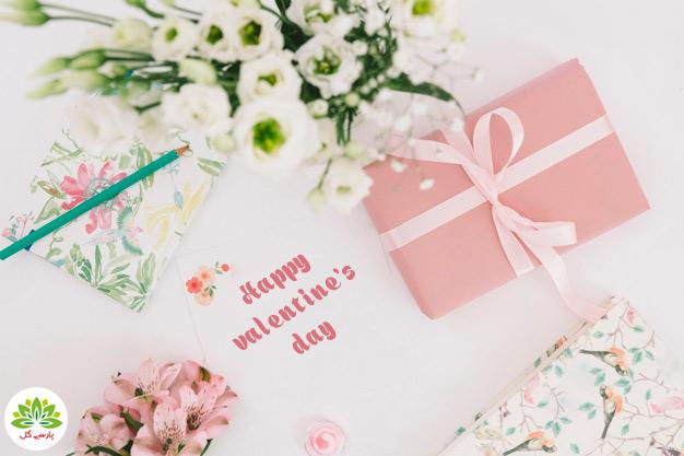 سفارش اینترنتی گل ولنتاین و هدیه ولنتاین و باکس گل کادو ولنتاین