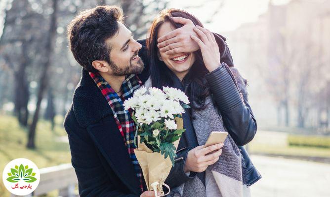 هدیه ولنتاین چه گلی به خانم ها هدیه دهیم، بهترین گل های برای هدیه به خانم ها، دسته گل مناسب هدیه به خانم ها