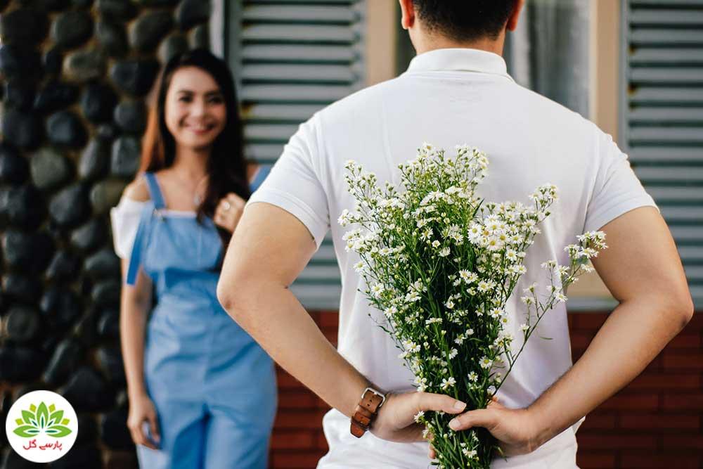 چرا به خانم ها گل هدیه دهیم، بهترین گل برای هدیه به خانم ها و زن ها، خرید گل هدیه ولنتاین برای خانم ها و زنان