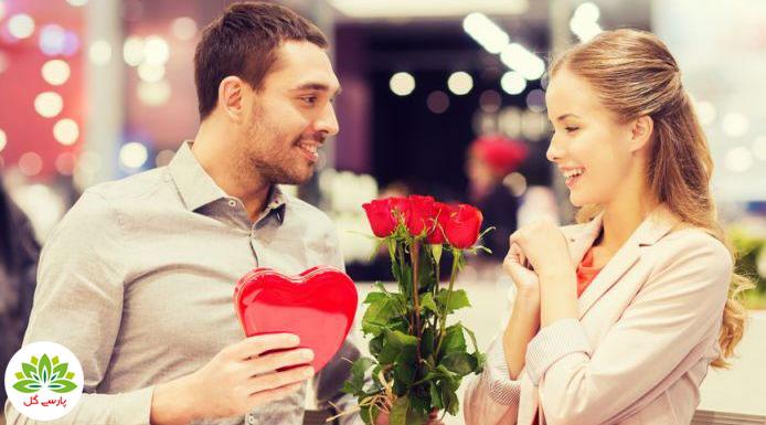 چه گلی به خانم ها و زنان در ولنتاین هدیه دهیم، زنان از چه گل هایی خوششان می آید