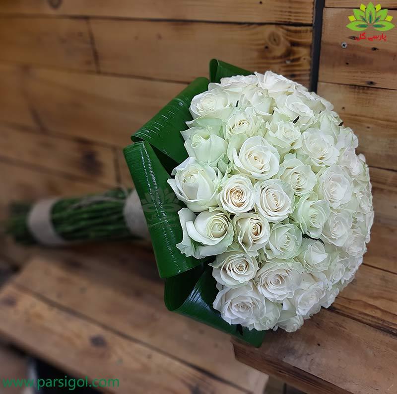 سفارش آنلاین دسته گل خواستگاری با گل رز سفید هلندی